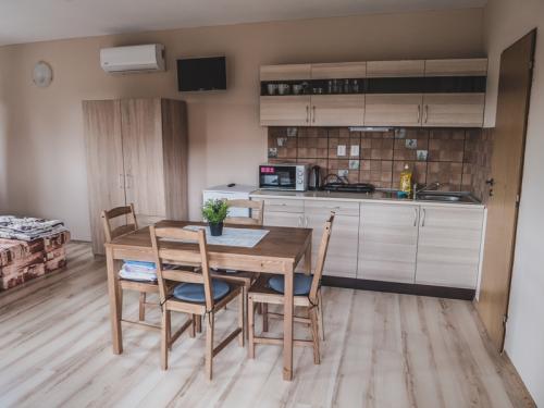 4 miestny apartmán -  poschodie