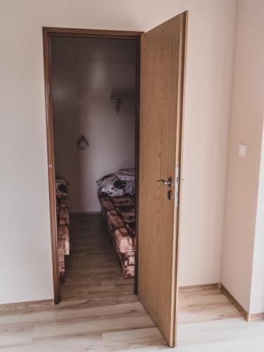 Oddelená spálňa (4 miestny apartmán)